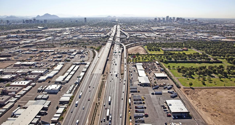 A steady stream of traffic on I-10 through Phoenix, Arizona.
