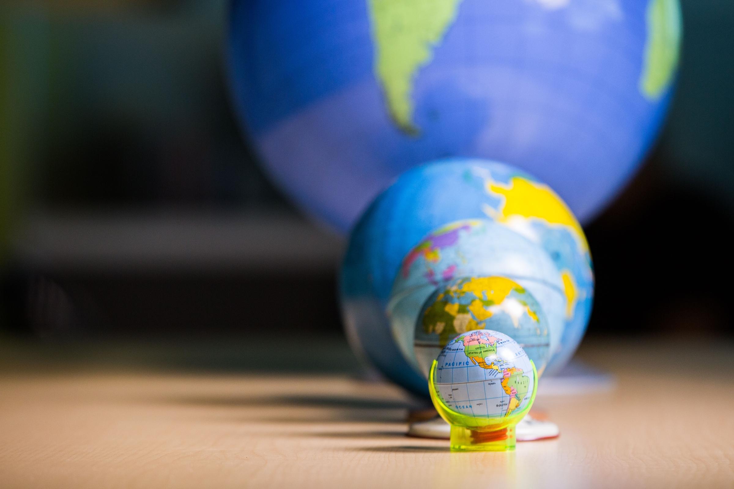 Big globe, small globes